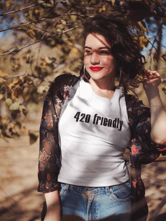 420shoppers-420friendlywoman